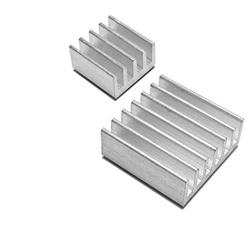 Raspberry Pi 3 B With Clear Case and Set 2 Heatsinks